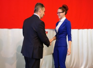 Выпускники получили медали