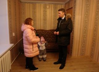 Семеро детей-сирот стали обладателями новых квартир