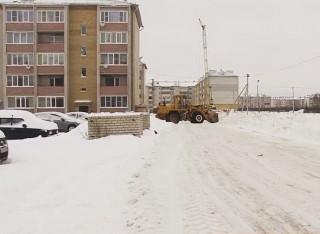 Очистка улиц и дворов от снега - первоочередная задача