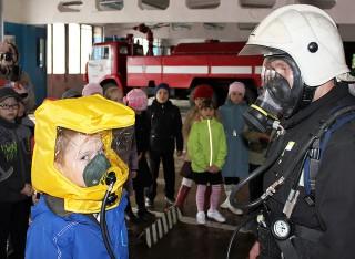 В пожарных подразделениях - дни открытых дверей
